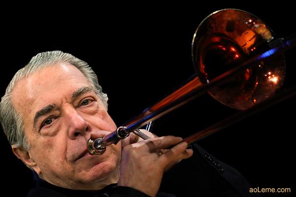 salgado-boca-no-trombone